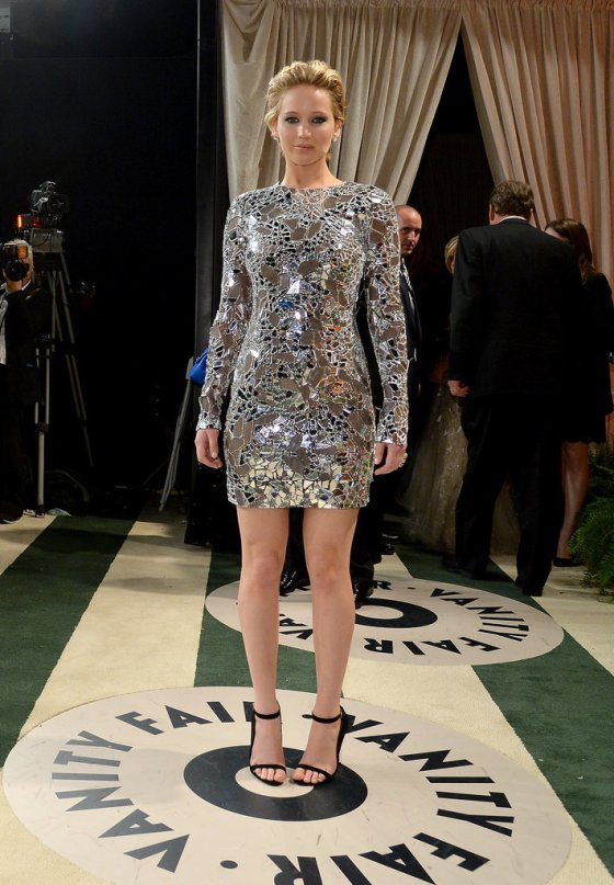 Jennifer-Lawrence-went-metallic