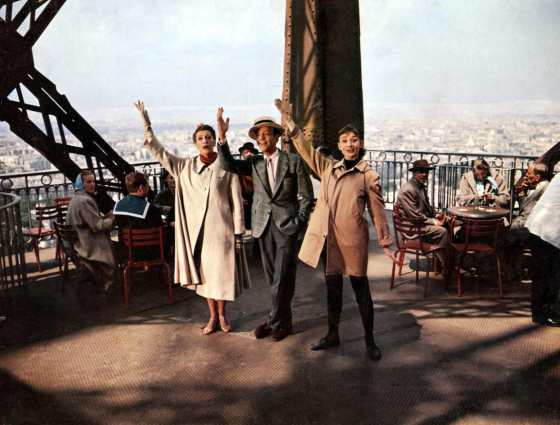 KAY THOMPSON as Maggie Prescott, FRED ASTAIRE as Dick Avery and AUDREY HEPBURN as Jo Stockton CINDERELA EM PARIS Funny Face 1957